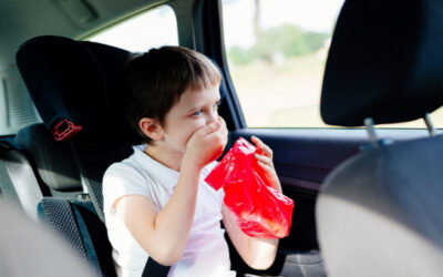 Hányinger utazás közben: miért a gyerekeknél gyakori?